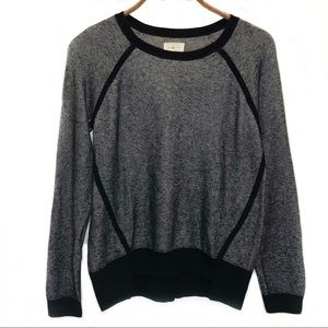 LOU & GREY black & white sweatshirt top